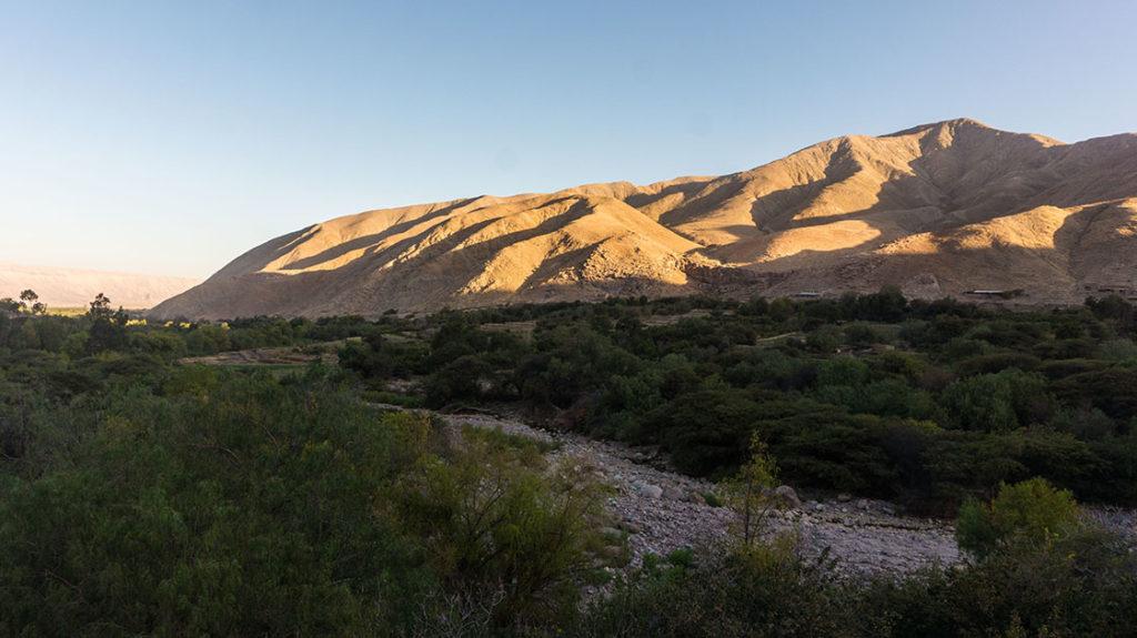spot de camping à caraveli