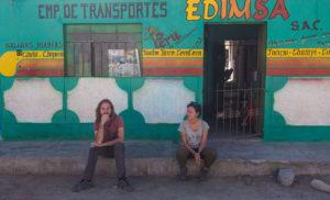 attendre en faisant du stop au Pérou