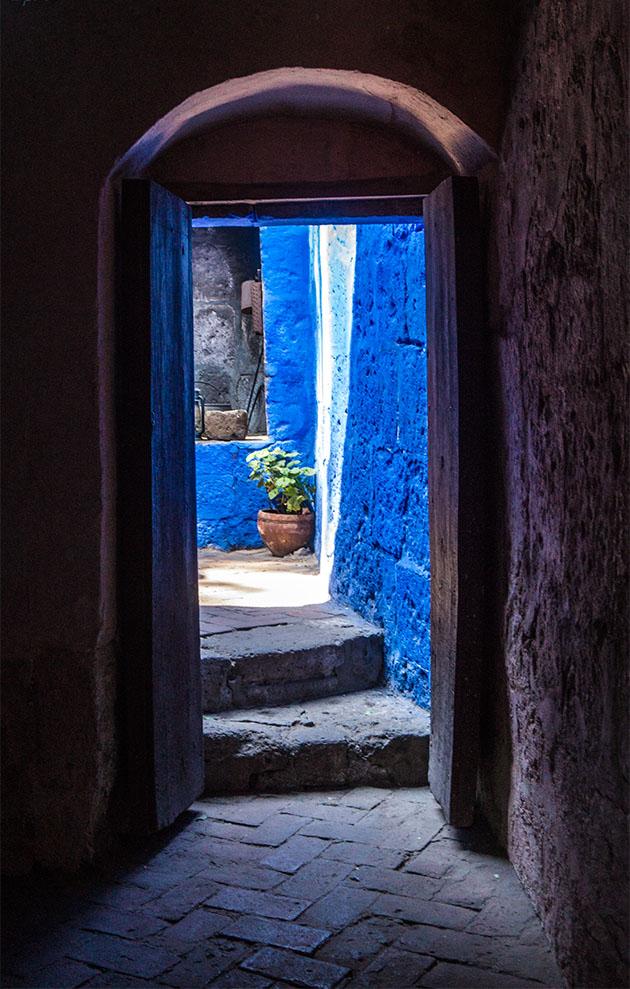 santa-catalina-puerta-azul2