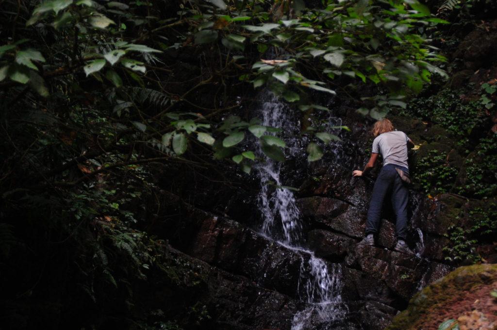 cascade dans le nord du laos