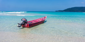 bateau sur long beach Perhentian Kecil