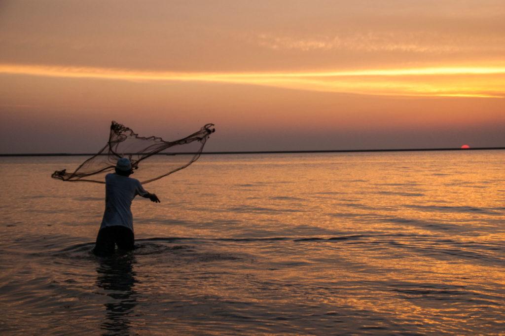 Que faire à langkawi : profiter du coucher de soleil avec les pêcheurs