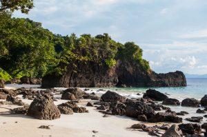 secret beach pulau weh