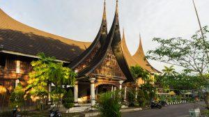stade de bukittinggi architecture minang