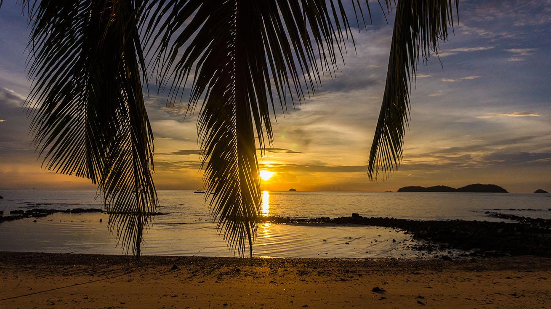 sunset pulau tioman
