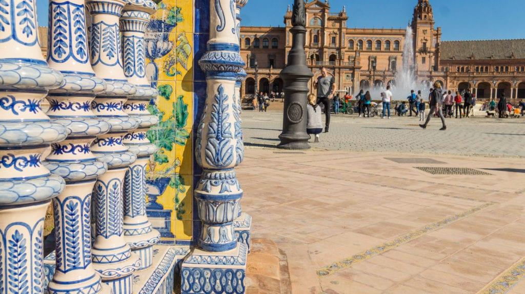 plaza-espana-2-HD-1024x575-min