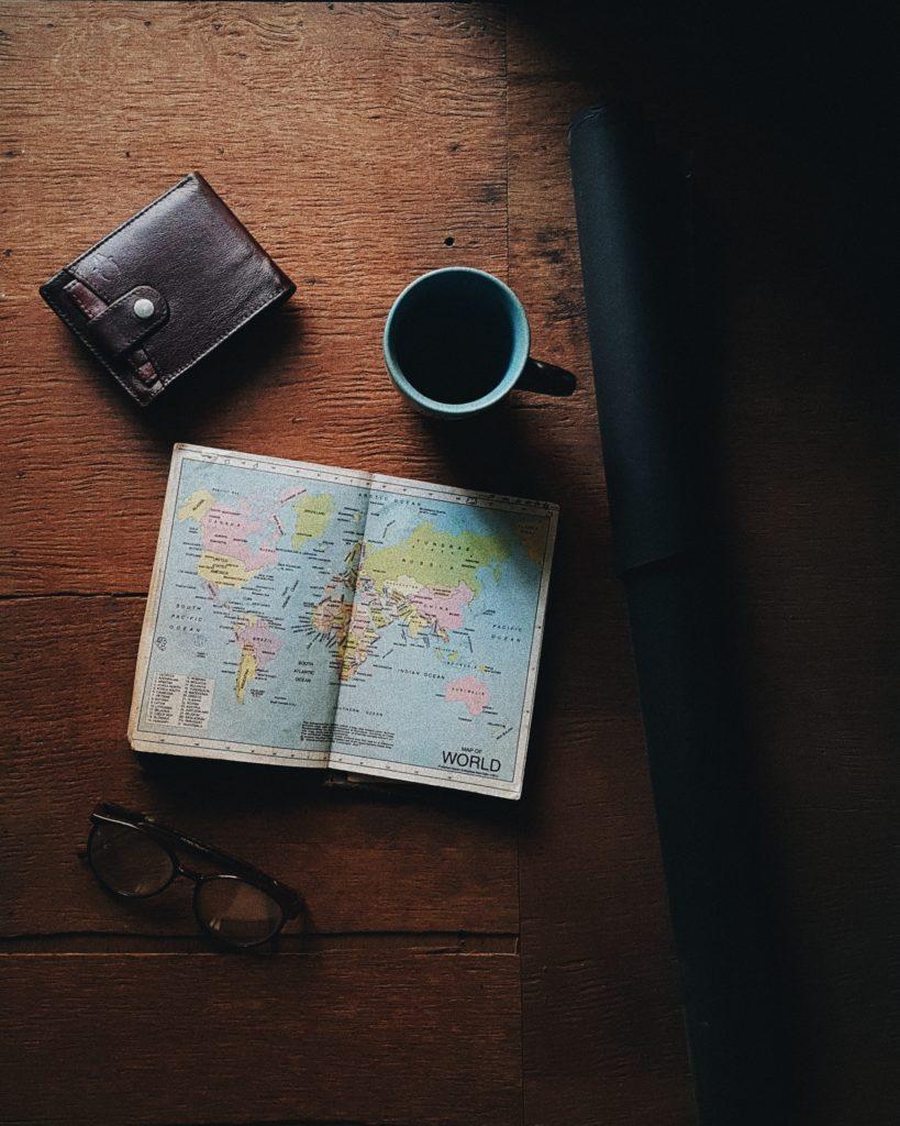 diminuer ses frais bancaires à l'étranger
