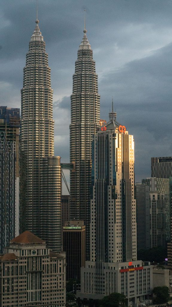 tour petronas guide Kuala Lumpur